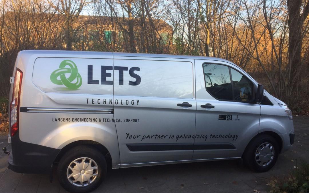 Belettering bedrijfsauto Lets Technology